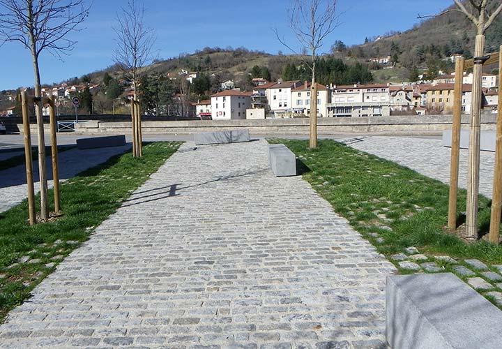 Brives Charensac, réalisation en pavage - STPP du Velay